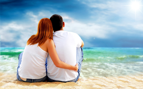 Love Couple Beach in front of ocean